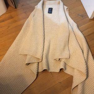 Club Monaco sleeveless long cardigan